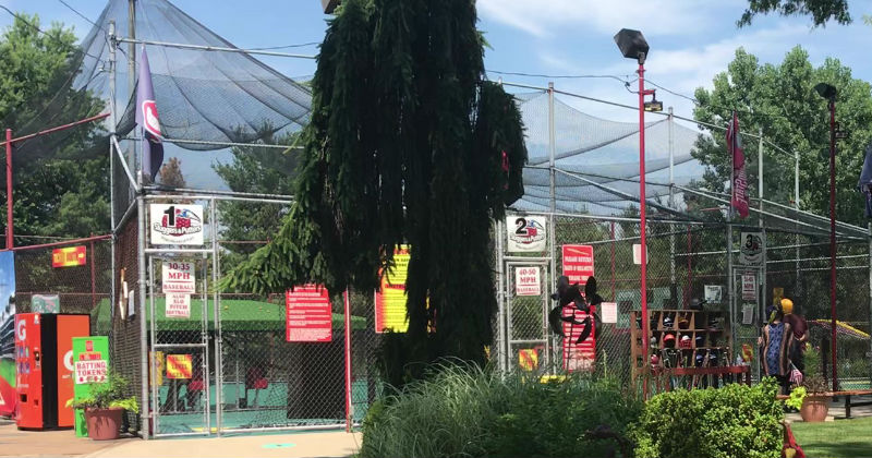 Batting Cages Sluggers and Putters