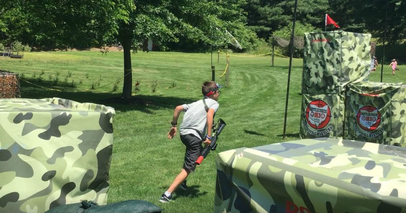 Outdoor Laser Tag Sluggers and Putters Ohio