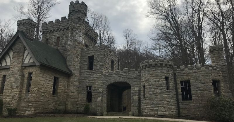 Squires-Castle-Cleveland-7