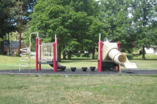 Edgewood Park Toddler Playground