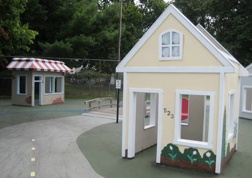 Kiddie City Buildings