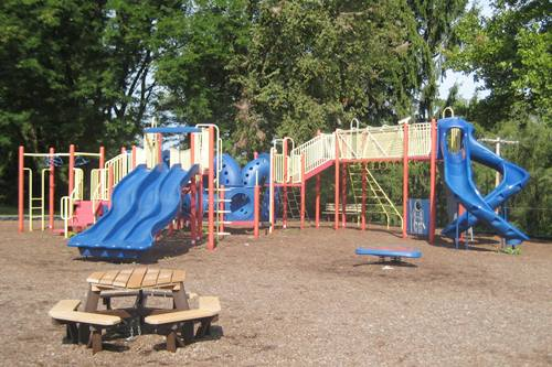 Knights Field Park Playground in Wooster