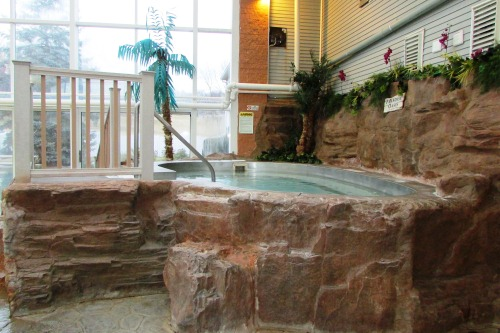 Splash Harbor Adult Hot Tub