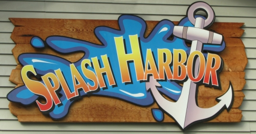 Splash Harbor Indoor Water Park in Bellville Ohio