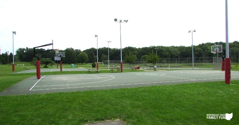 Silver Springs Park in Stow Basketball Court