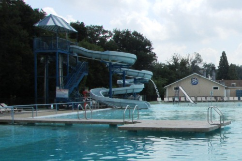 Clearwater park hartville ohio akron canton jellystone park - Campgrounds in ohio with swimming pools ...