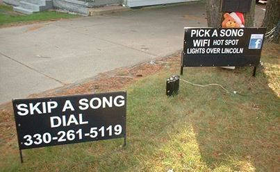 Pick A Song Christmas Light Display Struthers Ohio