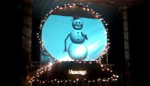 Snowy the Snowman at Christmas at Crownpoint Light Display