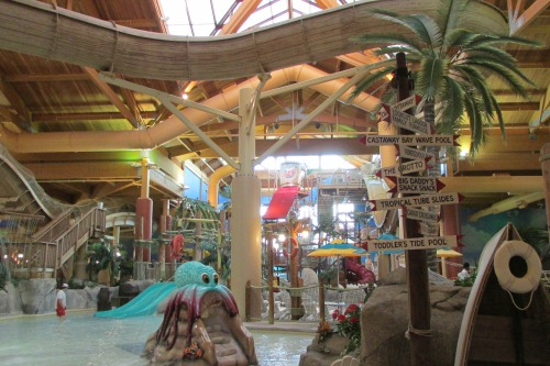 Castaway Bay Indoor Water Park Sandusky Ohio