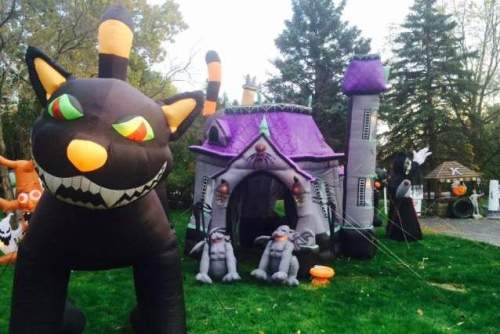 100s of Halloween Inflatable Decorations