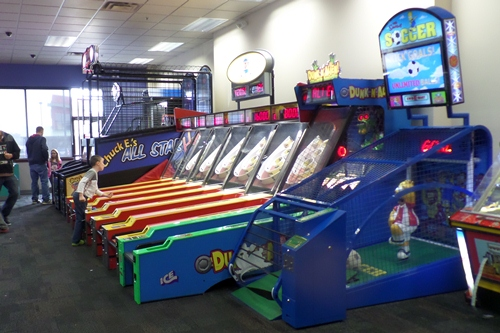 Games at Chuck E Cheese