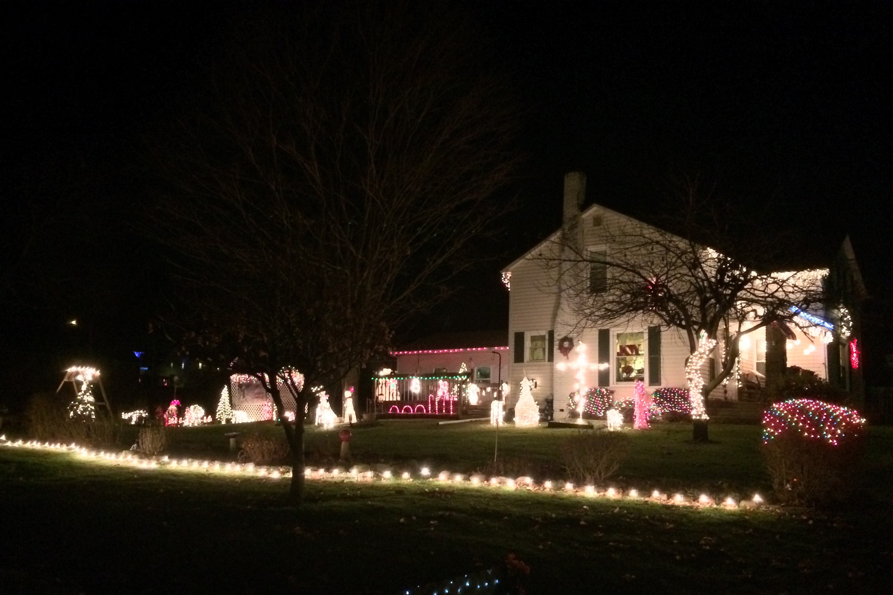 Must See Christmas Light Displays In Northeast Ohio ... - photo#17