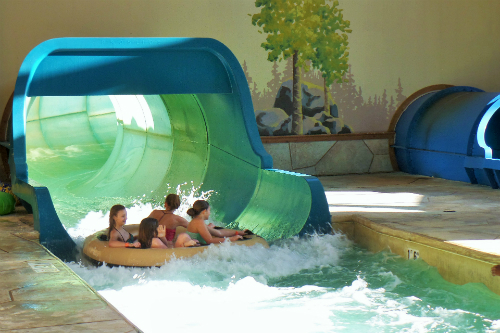 Family Water slides at Great Wolf Lodge
