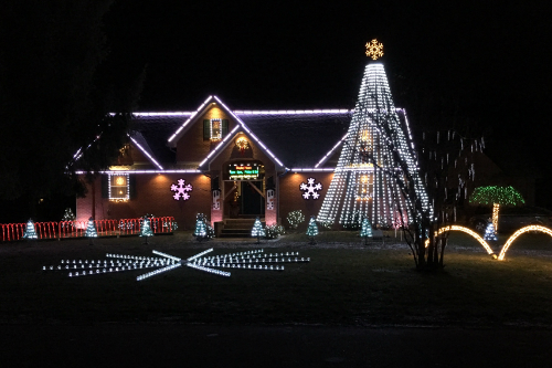 Best Christmas Lights in Tuscarawas County - Best Local Christmas Light Displays - You Must See This Year!