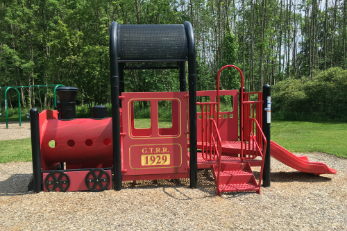 Train Playset at Middleton Park