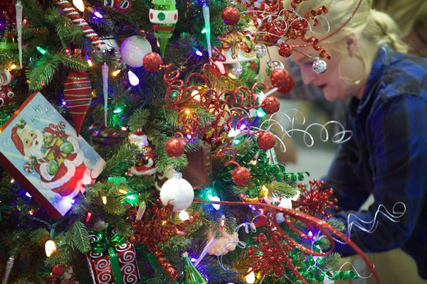 This season, the Holiday Tree Festival features 140 incredibly decorated  trees, wreaths and other holiday decorations. All items on display are  donated by ... - Free Holiday Tree Festival In Akron Lit Up For Great Cause