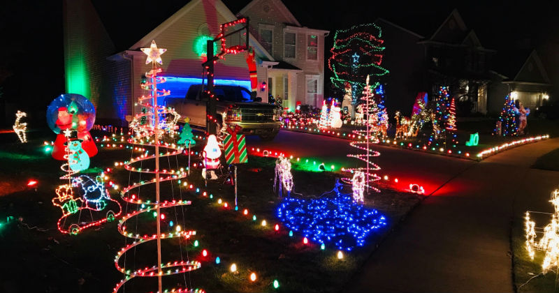 Christmas Lights To Music.Best Local Christmas Light Displays You Must See This Year