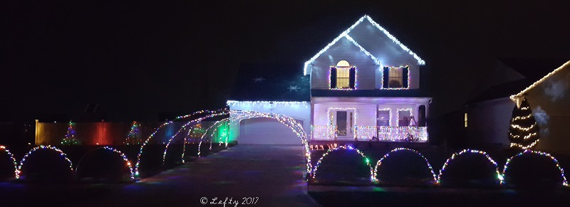 Milks Family Christmas Display Lorain County Ohio