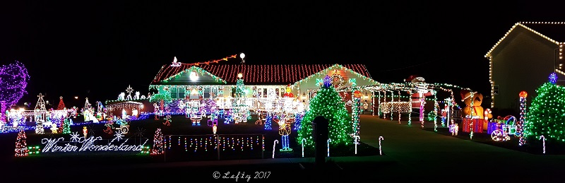 north ridgeville ohio christmas light display great christmas light fight 2016