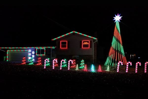 Synchronized light display in Stow Ohio