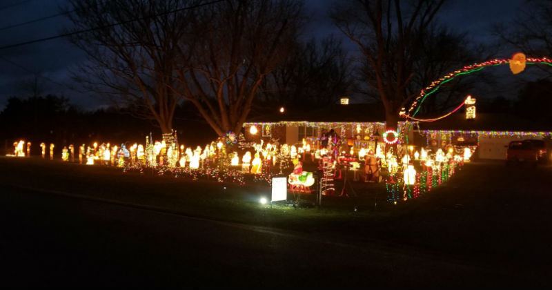 Lights Of Christmas.Best Local Christmas Light Displays You Must See This Year