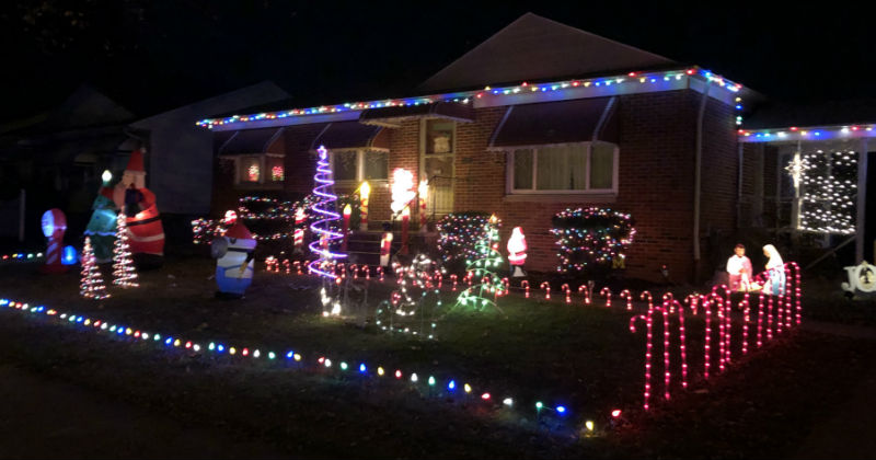 Christmas Light Show Near Me.Best Local Christmas Light Displays You Must See This Year