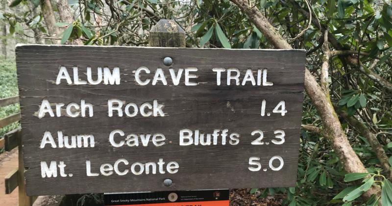 Alum Cave Bluffs Trail Head Sign