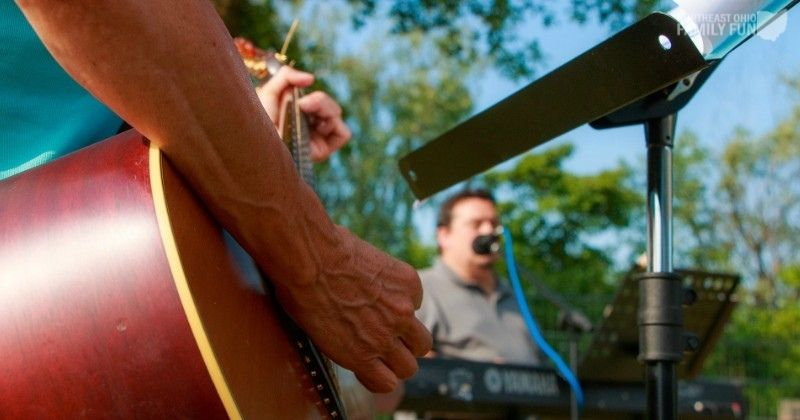 FREE Summer Concerts in Northeast Ohio {2021} Enjoy Live Music