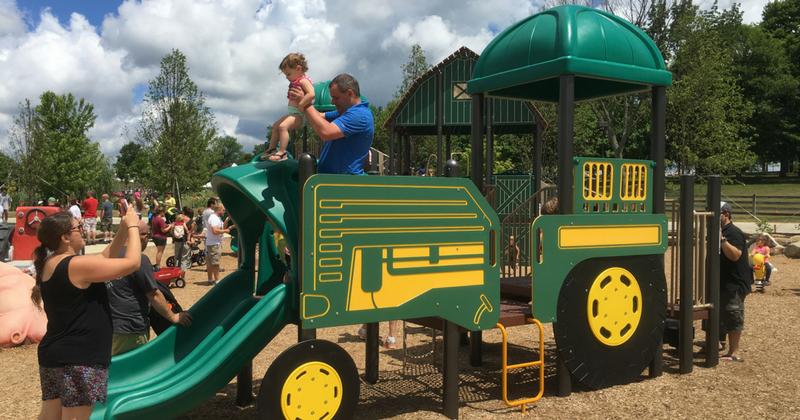 Lake Metro Parks - Tractor Playset