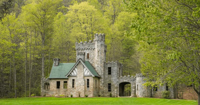 Squire's Castle - Cleveland