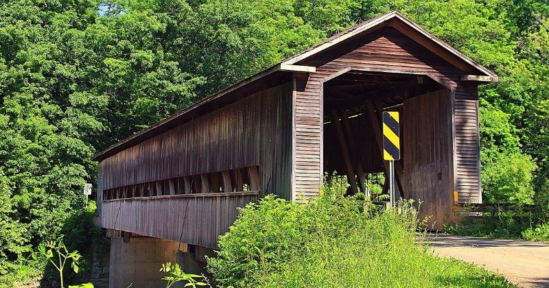 Middle Road Covered Bridge, Conneaut Ohio
