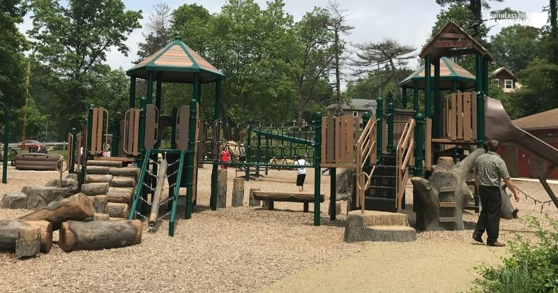 Christmas Run Park Wooster – Huge Playground, Trails, Creek, and More!