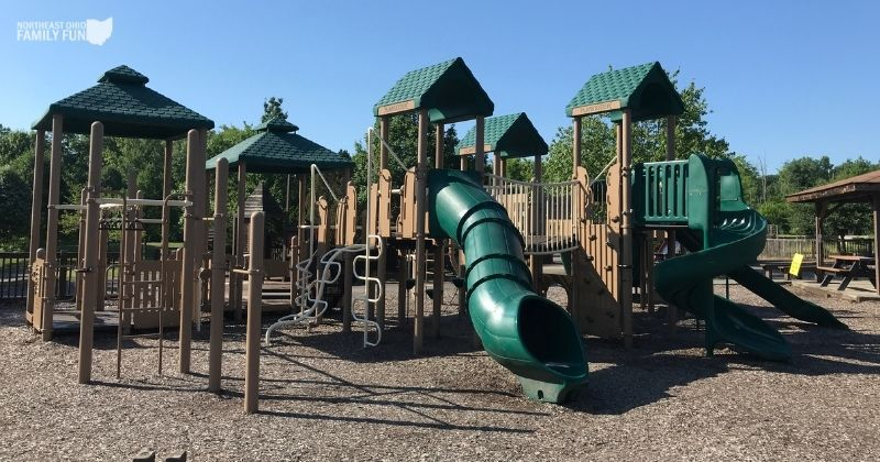 Kids Quarters in Brecksville – HUGE Playground with Separate Toddler Area and Much More!