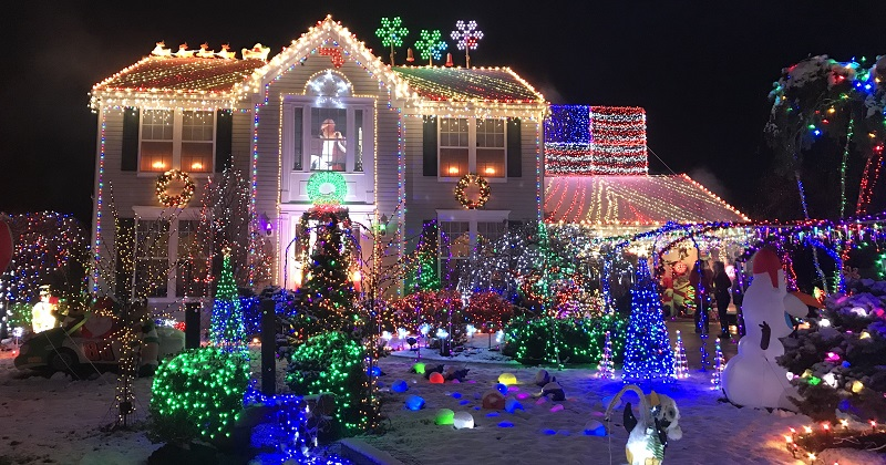 Christmas Lights Around Piqua Ohio 2021 Best Christmas Lights In Northeast Ohio 2020 You Must See This Year