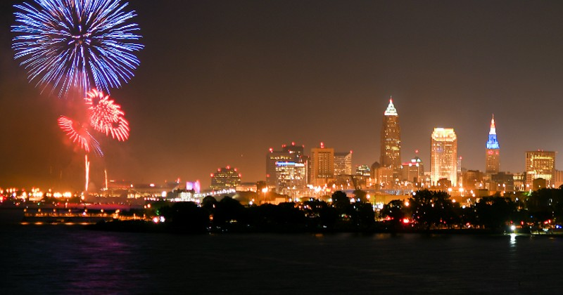 Ultimate Guide of 4th of July Fireworks in Northeast Ohio {2021}